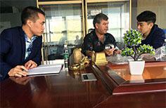 斯洛伐克国家大型公司来乐发考察洽谈,签定开发合作项目